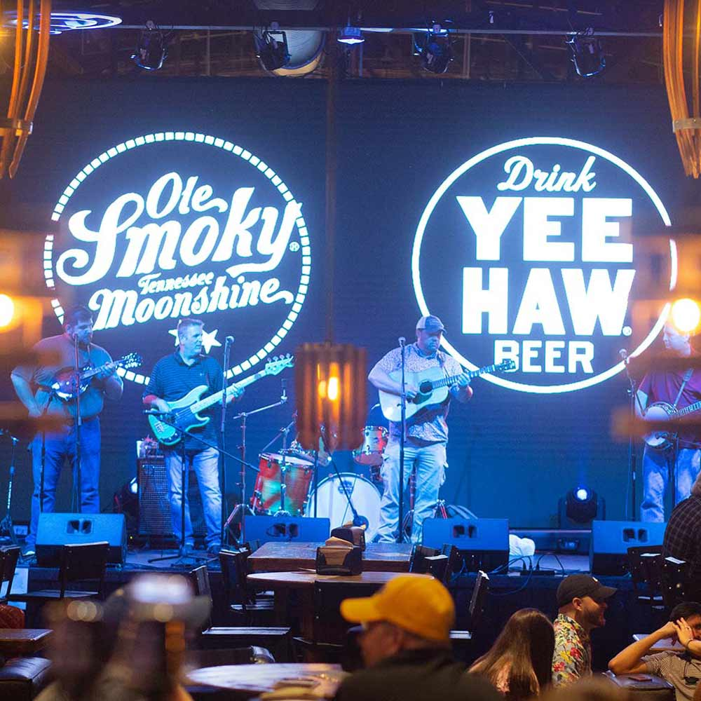 ole smoky moonshine yee-haw beer live music nashville